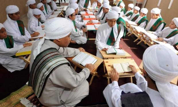 Wajarkah Kelayakan Mengajar Di Pusat Tahfiz Dikaji Semula?