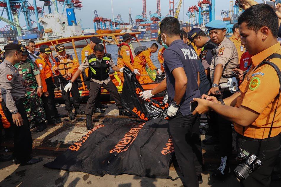 Pesawat Lion Air terhempas selepas 13 minit berlepas.